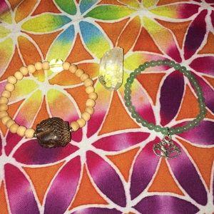 Buddha bracelet + green quartzite+ FREE QUARTZ